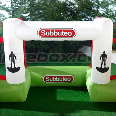 subbuteo-giant-inflatable-pitch