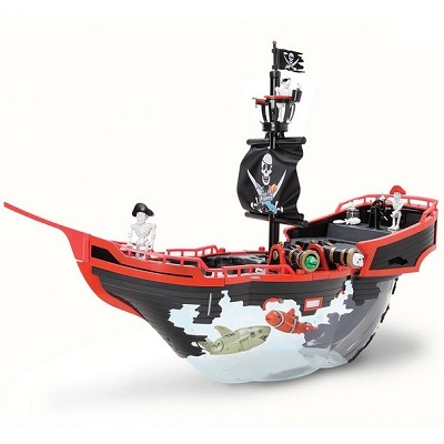 The pirate ship aquarium a uniquely designed aquarium in for Fish tank pirate ship