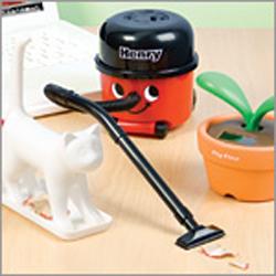 Henry Desktop Vacuum 2