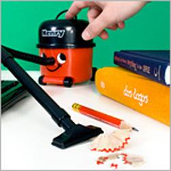 Henry Desktop Vacuum 4
