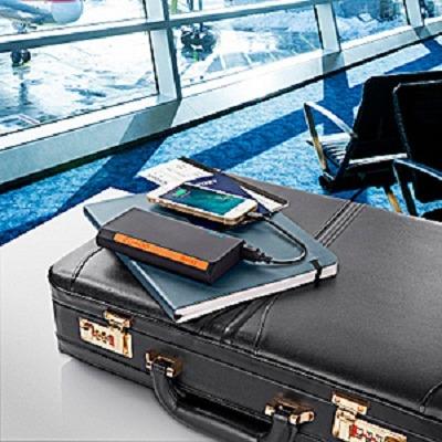 ibattz Mojo Battstation Optimus - 20,400mAh Portable Power Bank 2