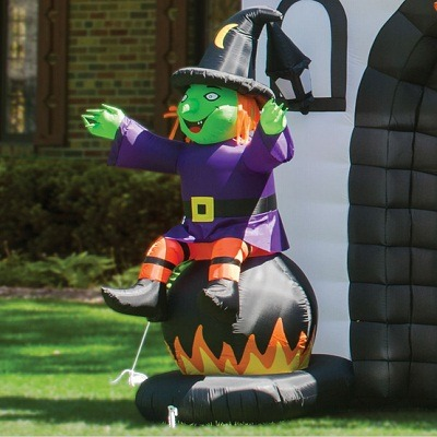 The Inflatable Howling Haunted House 2