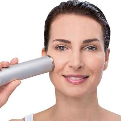 The Aesthetician's Ultrasonic Wrinkle Reducer