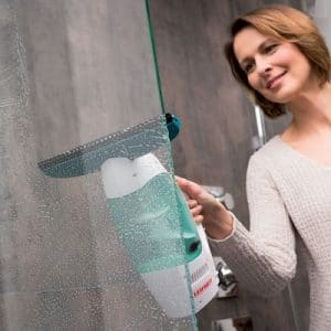The Streak Free Window Washing Vacuum - A professional window cleaning system capable of producing streak free result faster